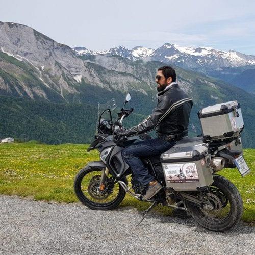 טיול אופנועים בפירינאים