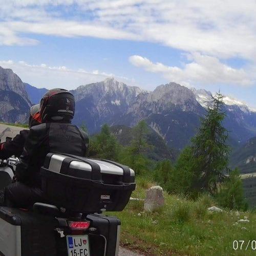 טיול אופנועים באלפים